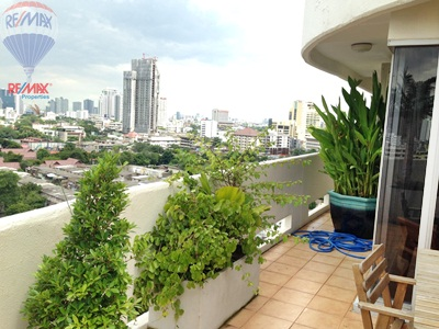 RE/MAX Properties Agency's RENT 2 Bedroom 145 Sq.m at Baan Sukhumvit 36 21