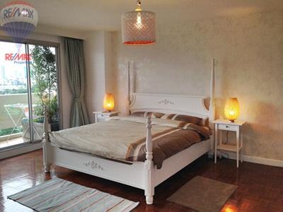 RE/MAX Properties Agency's RENT 2 Bedroom 145 Sq.m at Baan Sukhumvit 36 27