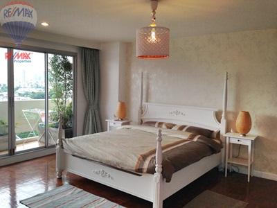 RE/MAX Properties Agency's RENT 2 Bedroom 145 Sq.m at Baan Sukhumvit 36 28