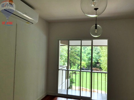 RE/MAX Properties Agency's RENT 5 Bedroom 1 Rai of land at Soi sukhumvit 16 13
