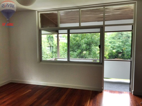 RE/MAX Properties Agency's RENT 5 Bedroom 1 Rai of land at Soi sukhumvit 16 14