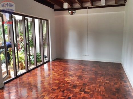 RE/MAX Properties Agency's RENT 5 Bedroom 1 Rai of land at Soi sukhumvit 16 3