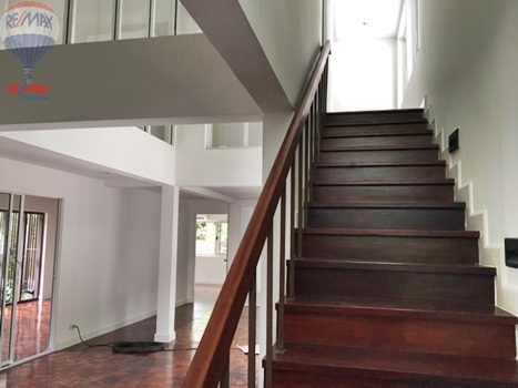 RE/MAX Properties Agency's RENT 5 Bedroom 1 Rai of land at Soi sukhumvit 16 8