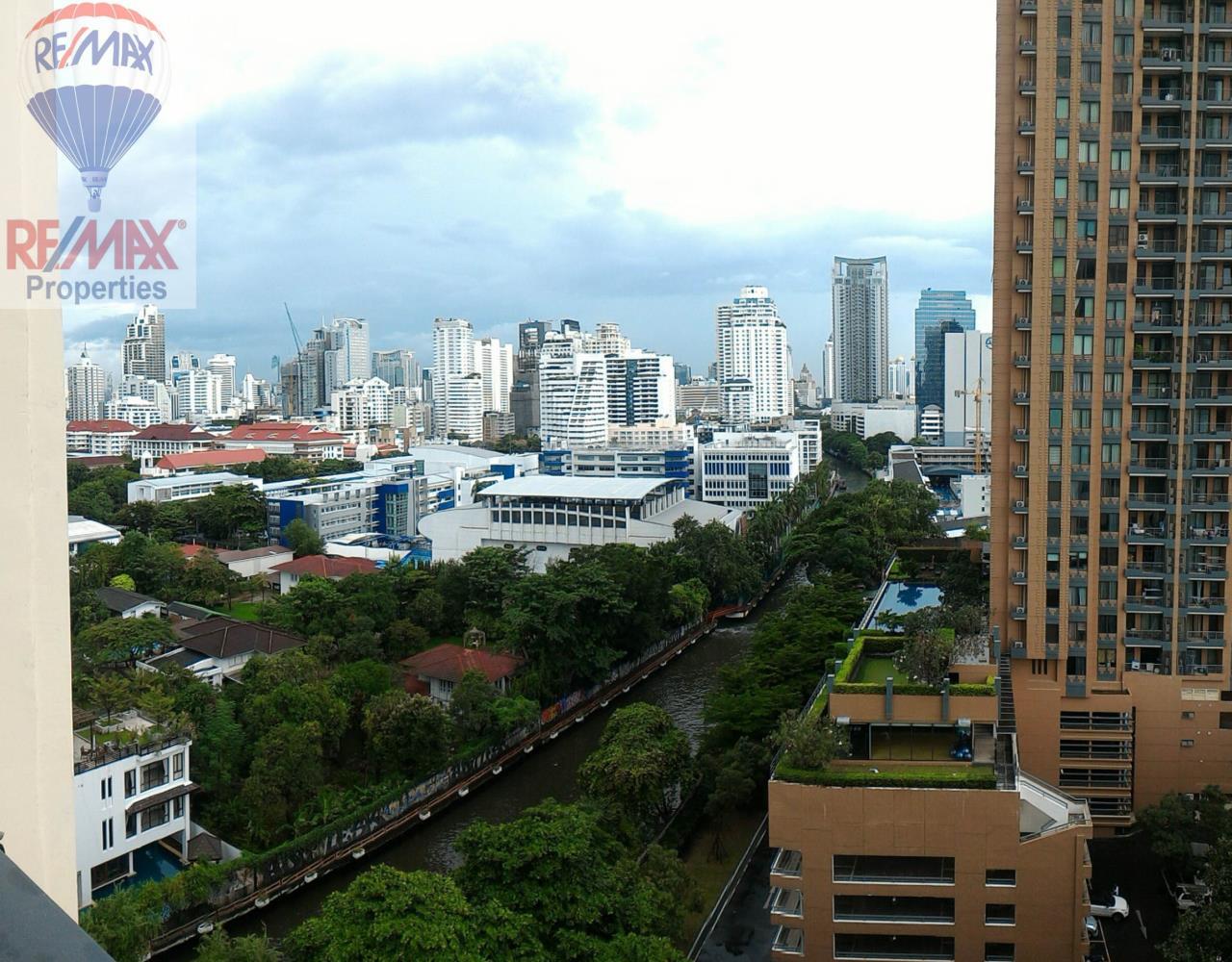 RE/MAX Properties Agency's Q Asoke 1 Bedroom For Rent 9