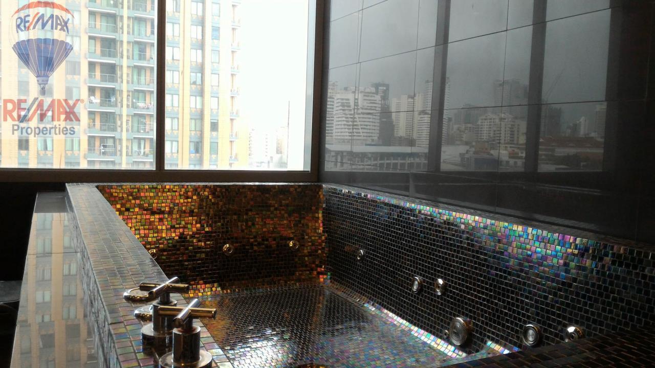 RE/MAX Properties Agency's Q Asoke 1 Bedroom For Rent 13