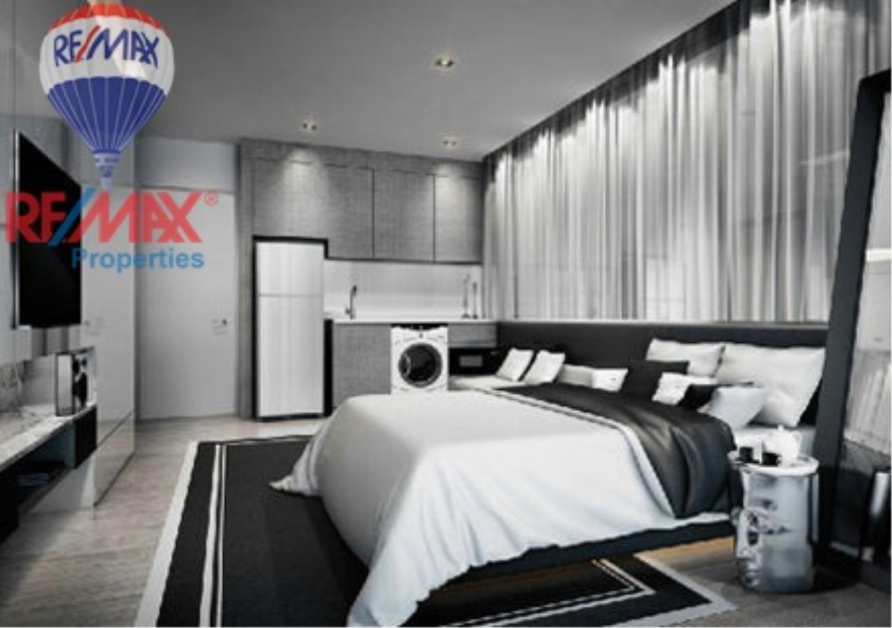 RE/MAX Properties Agency's SALE 2 Bedrooms 75 sq.m at Rhythm sukhumvit 36-38 5