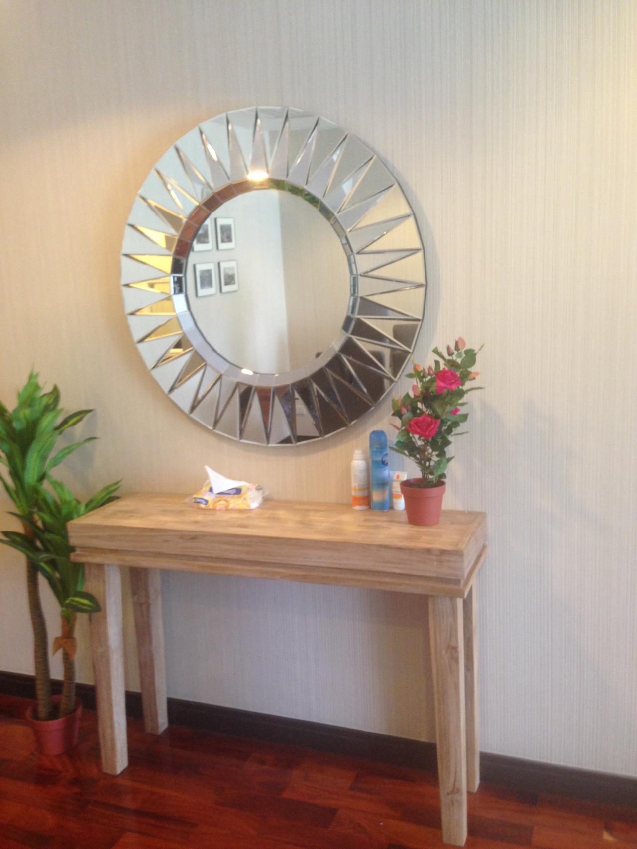 RE/MAX Properties Agency's Wilshire 10