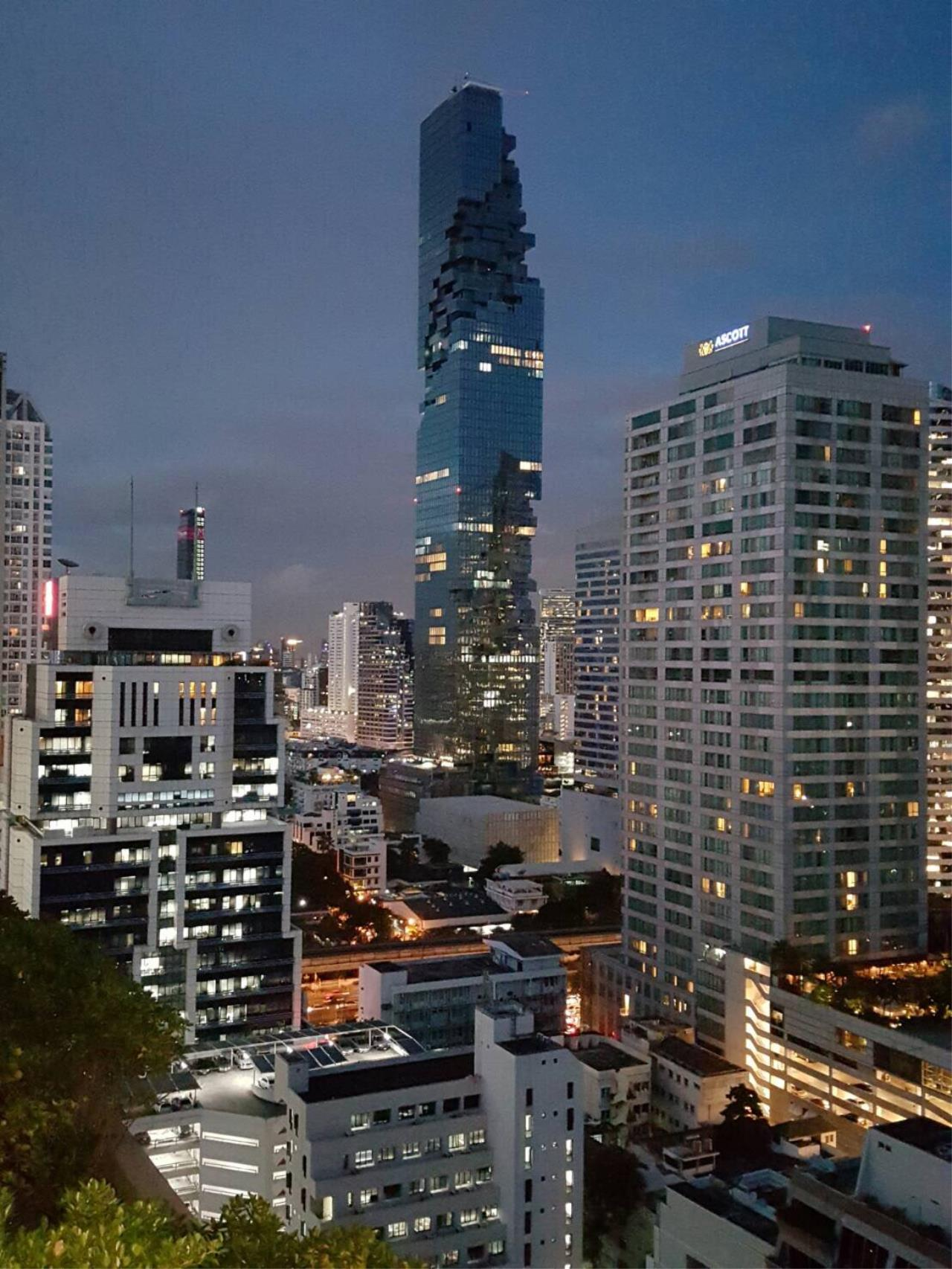 RE/MAX Properties Agency's Centric Sathon  2