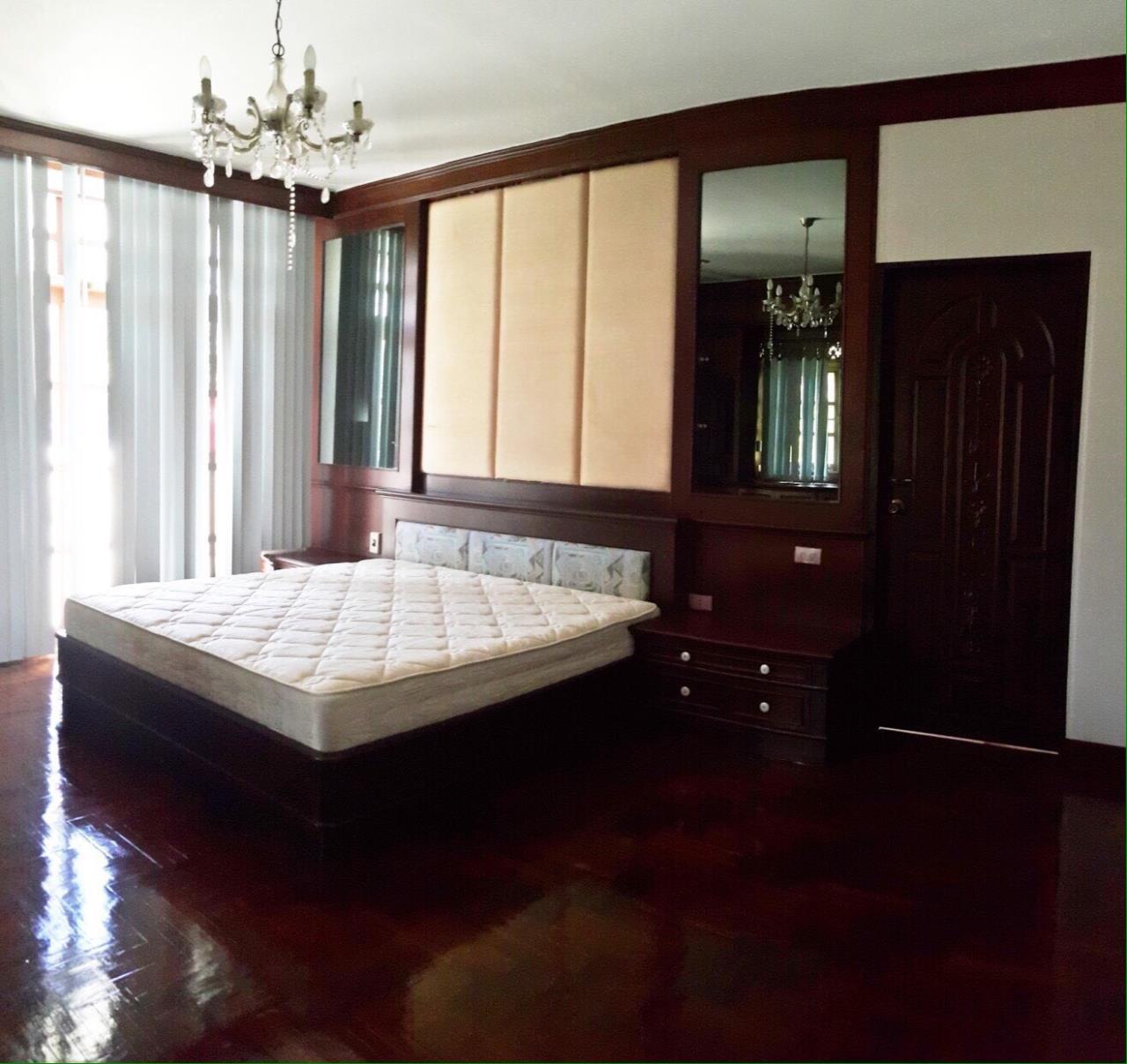 RE/MAX Properties Agency's Baan Suan srinakarindra 9