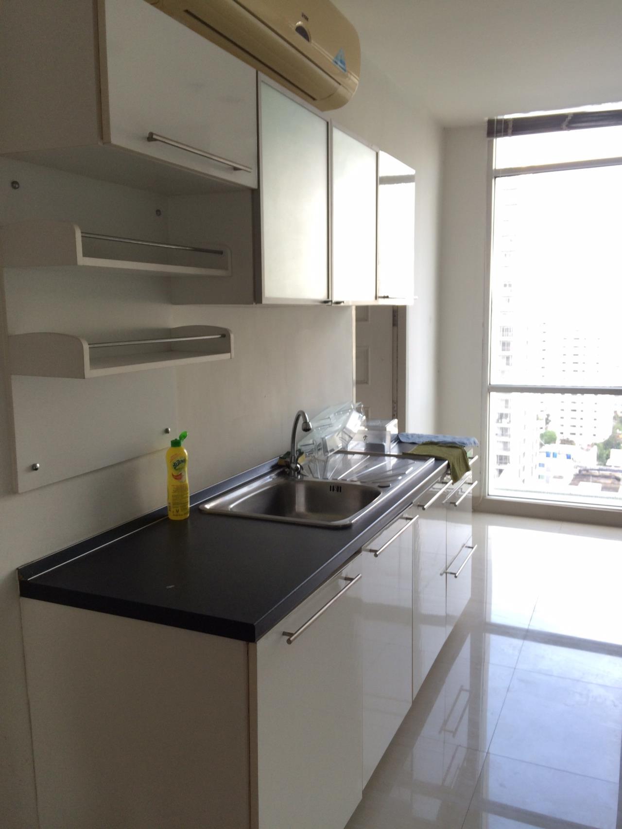 RE/MAX Properties Agency's The Master Centrium Asoke-Sukhumvit  10