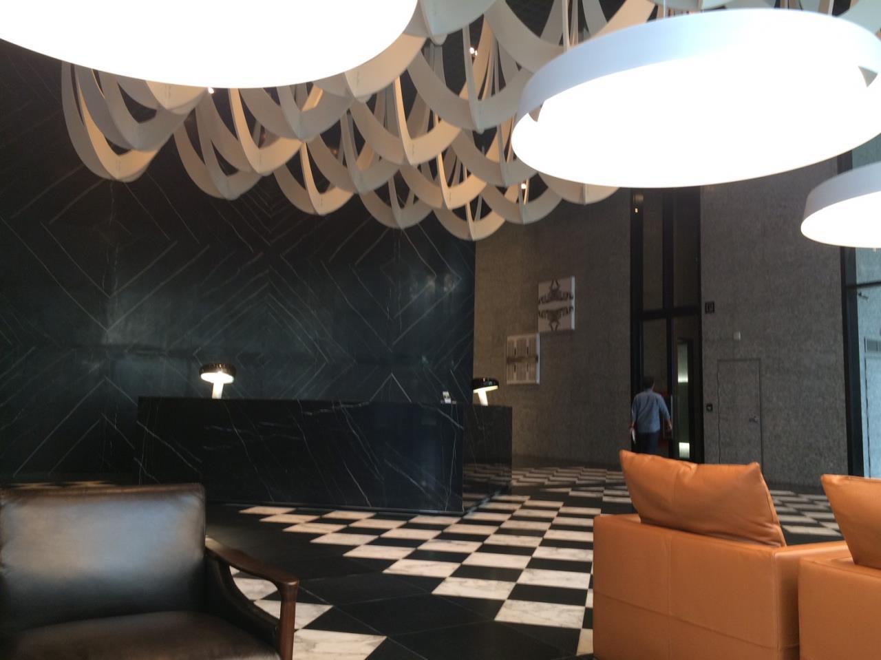 RE/MAX Properties Agency's Noble Ploenchit 1