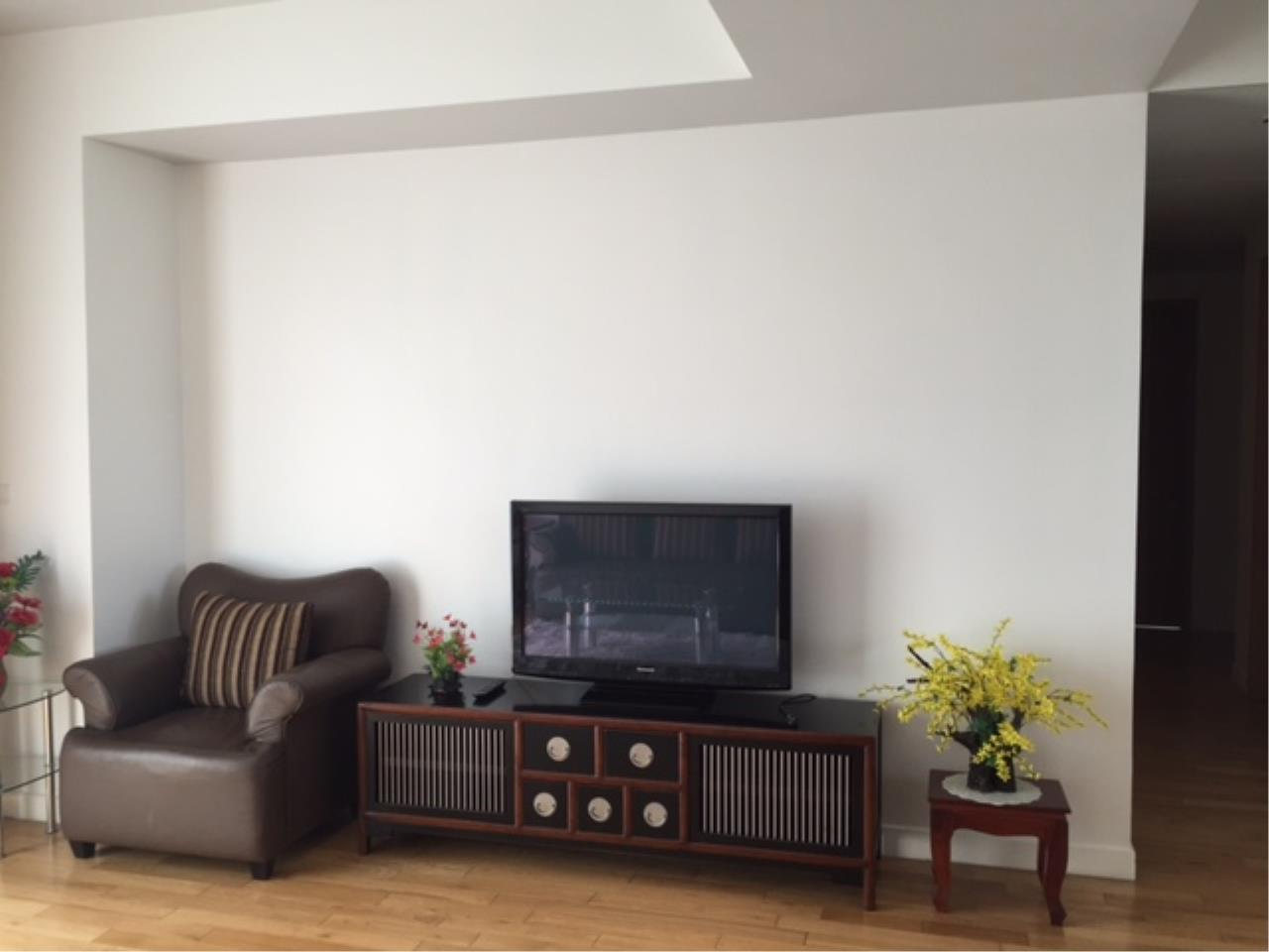 RE/MAX Properties Agency's 3 Bedroom 146 sq.m. for Rent at Millennium Residence 1