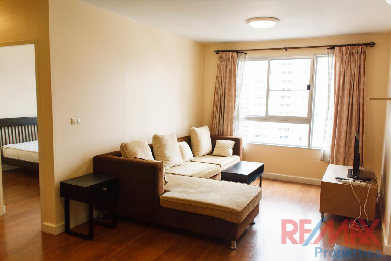 RE/MAX Properties Agency's Condo One X, for RENT, 2 bedroom, 2 bathroom, 71sq.m., THB 33,000 1
