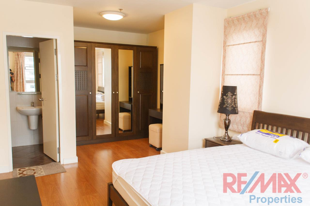 RE/MAX Properties Agency's Condo One X, for RENT, 2 bedroom, 2 bathroom, 71sq.m., THB 33,000 8