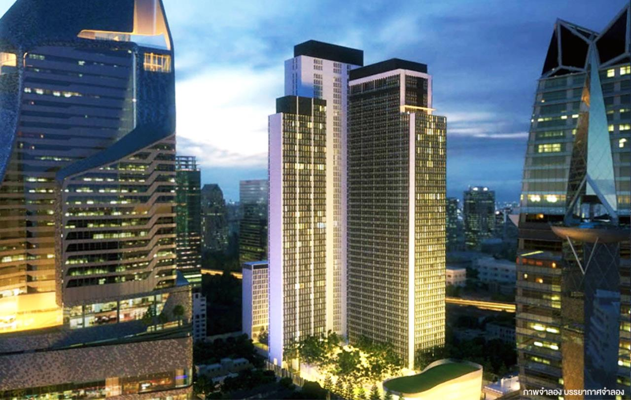 RE/MAX Properties Agency's Noble Ploenchit 2