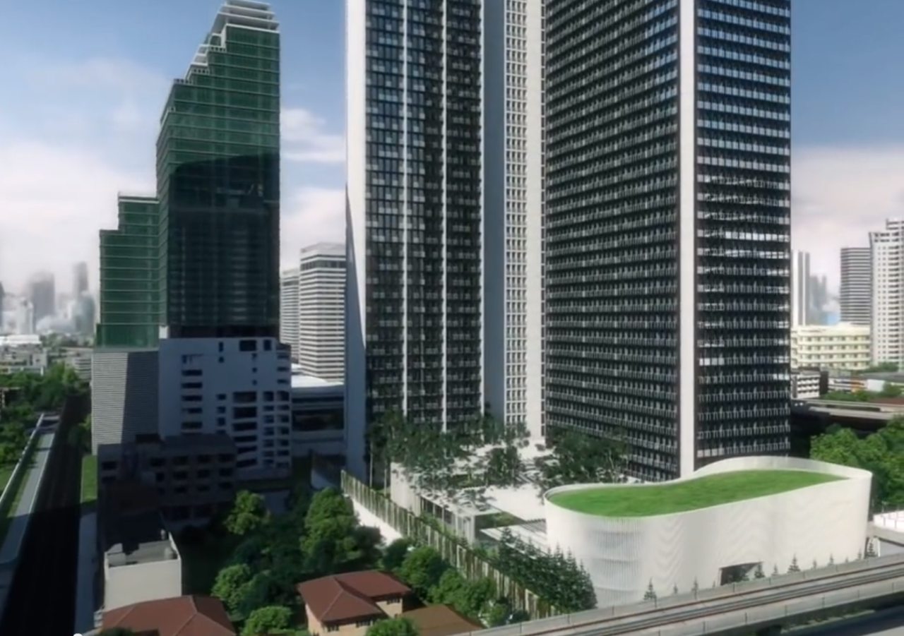 RE/MAX Properties Agency's Noble Ploenchit 1