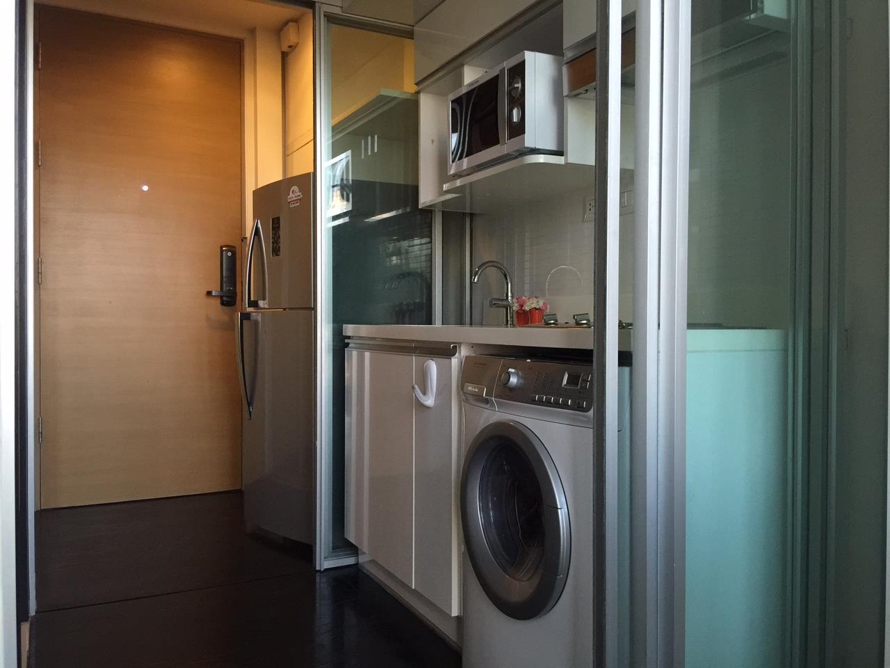 RE/MAX Properties Agency's 1 Bedroom Duplex for Rent ASHTON MORPH 38 (Thonglor) 2