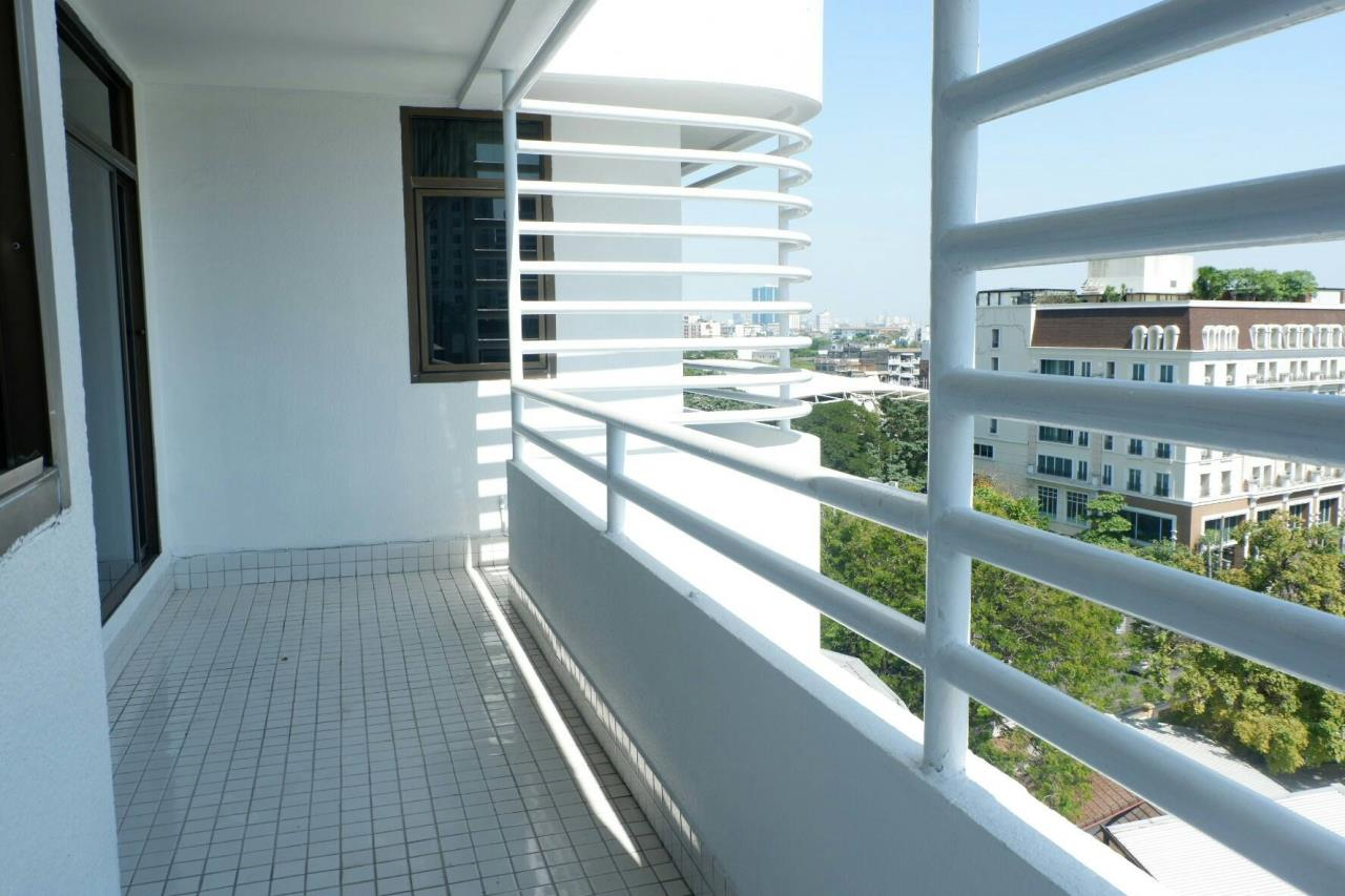 RE/MAX Properties Agency's Apartment for renting in Thonglor area for 4 bedrooms 6