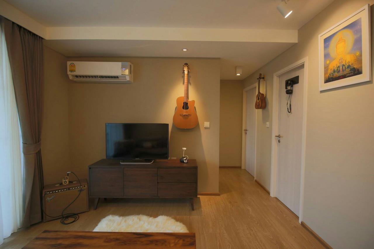 RE/MAX Properties Agency's 2 Bedrooms 55 Sq.M. for RENTING in Maestro Sukhumvit 39, Pet allowed 2