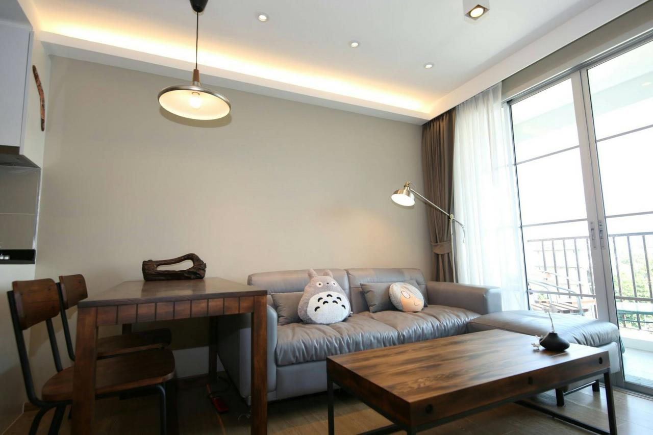RE/MAX Properties Agency's 2 Bedrooms 55 Sq.M. for RENTING in Maestro Sukhumvit 39, Pet allowed 3