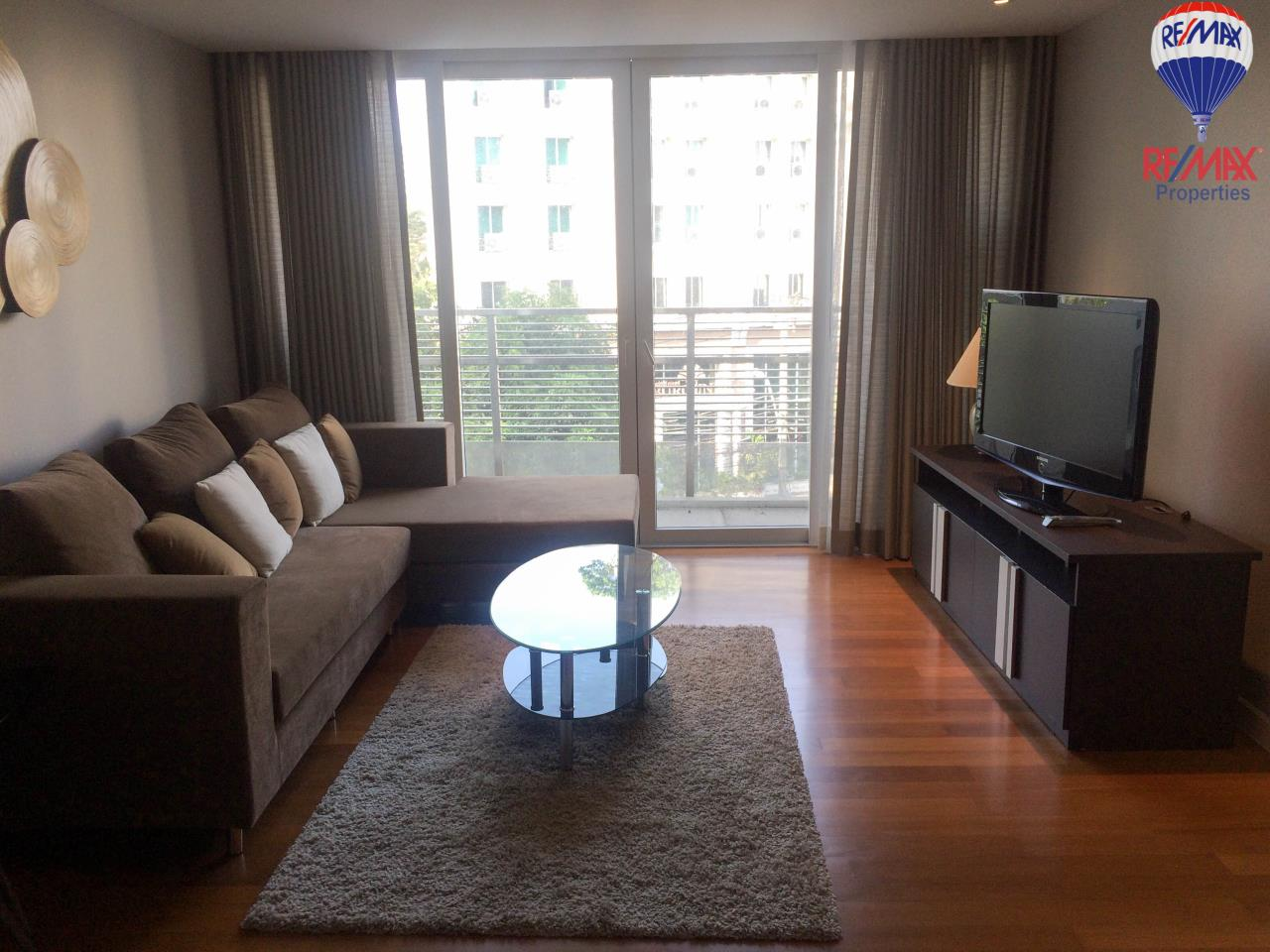 RE/MAX Properties Agency's For Rent 2 Beds Condo in Watthana, Bangkok, Thailand  1