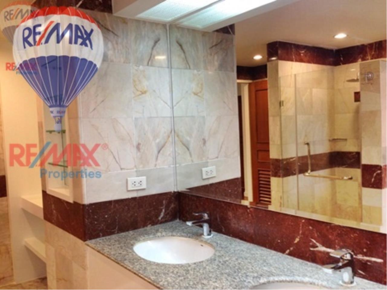RE/MAX Properties Agency's RENT 3+1 Bedroom 260 Sq.m at President Park 10