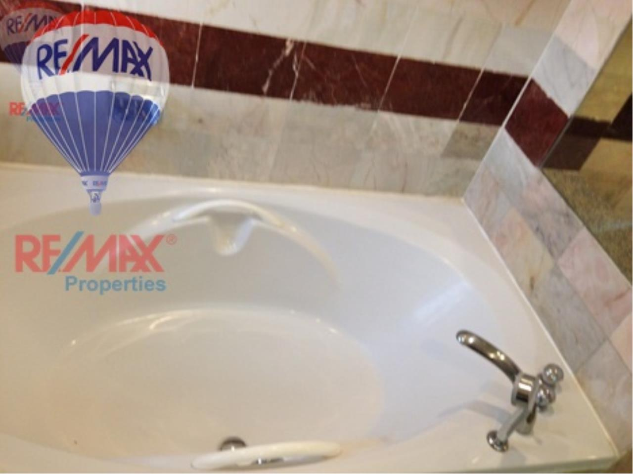 RE/MAX Properties Agency's RENT 3+1 Bedroom 260 Sq.m at President Park 19