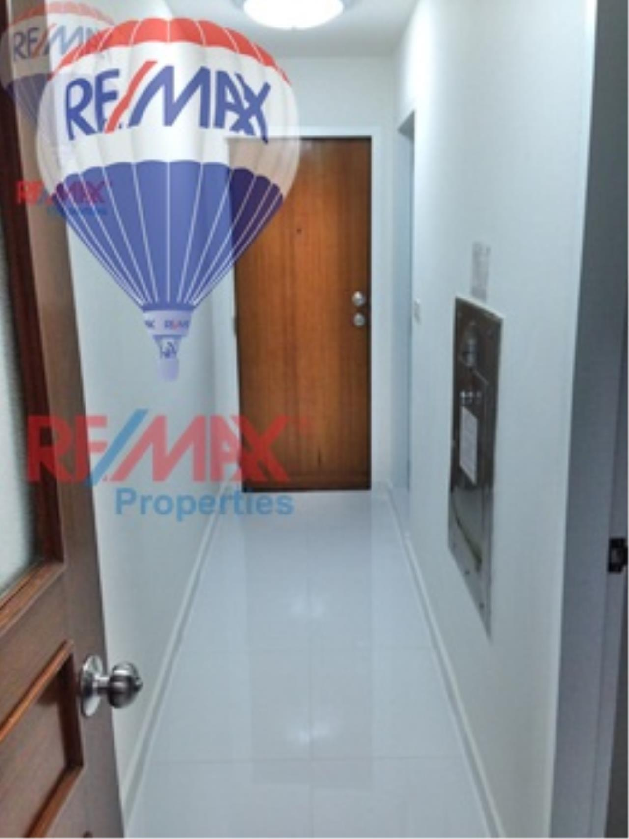 RE/MAX Properties Agency's RENT 3+1 Bedroom 260 Sq.m at President Park 36