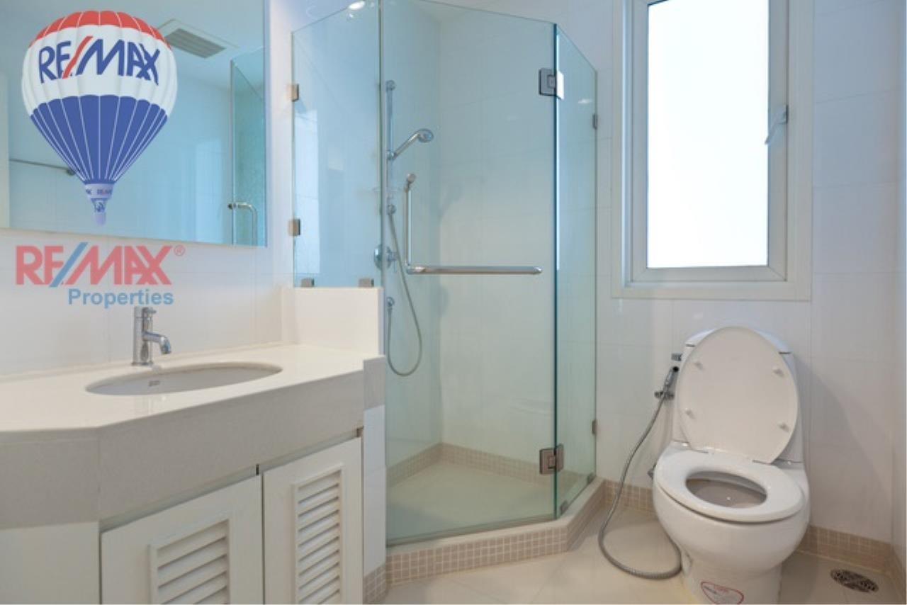RE/MAX Properties Agency's SALE 2 Bedroom 98.7 Sq.m at BaanSiri 24 2