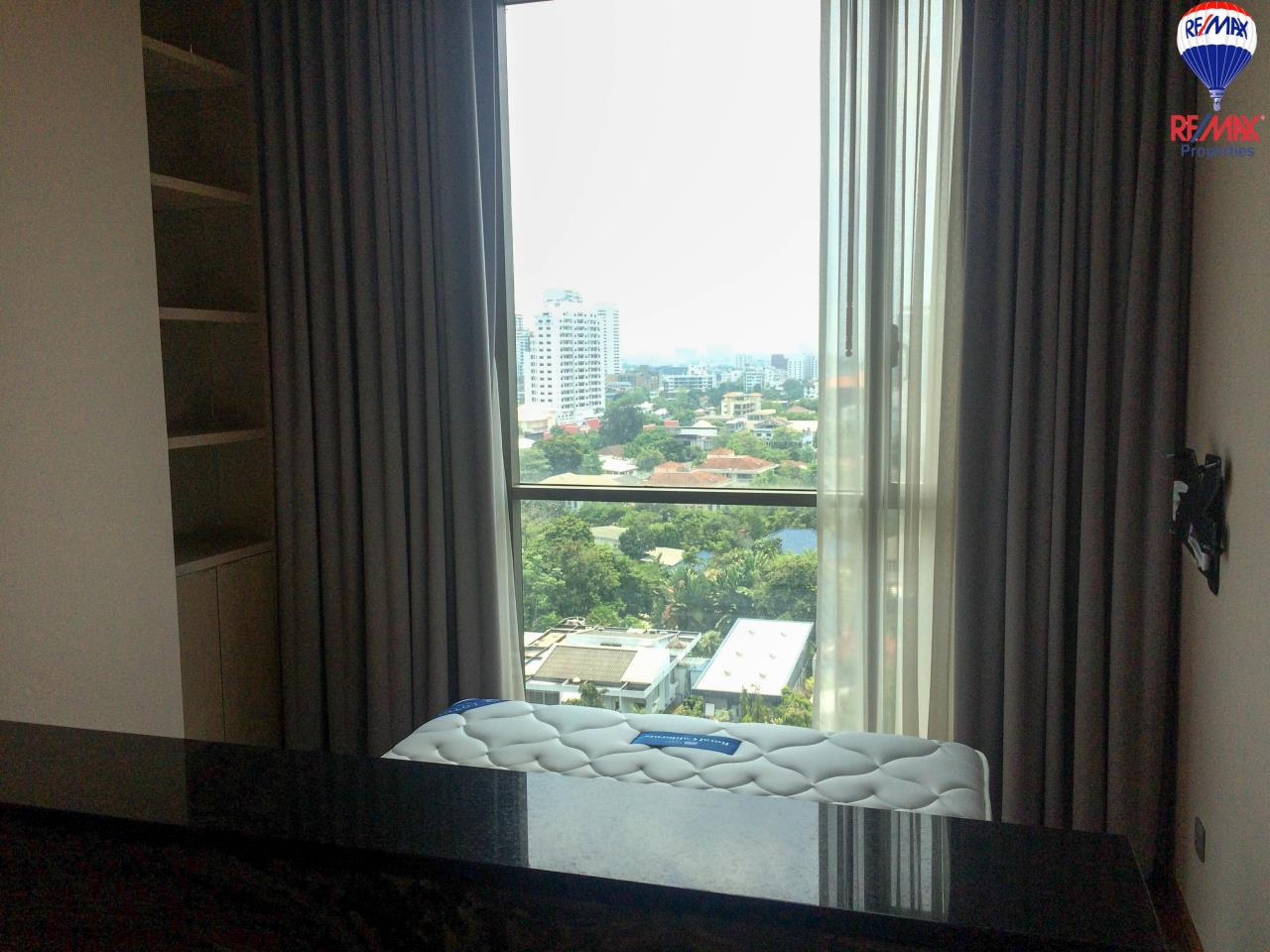 RE/MAX Properties Agency's 2 Bedrooms 86 Sq.M. for rent in Quattro by Sansiri 17