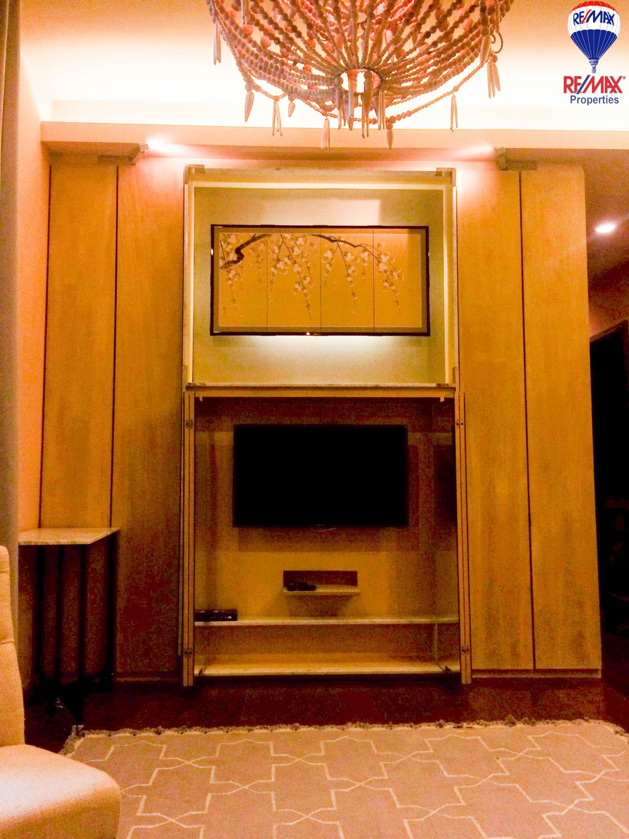 RE/MAX Properties Agency's 2 Bedrooms 86 Sq.M. for rent in Quattro by Sansiri 2
