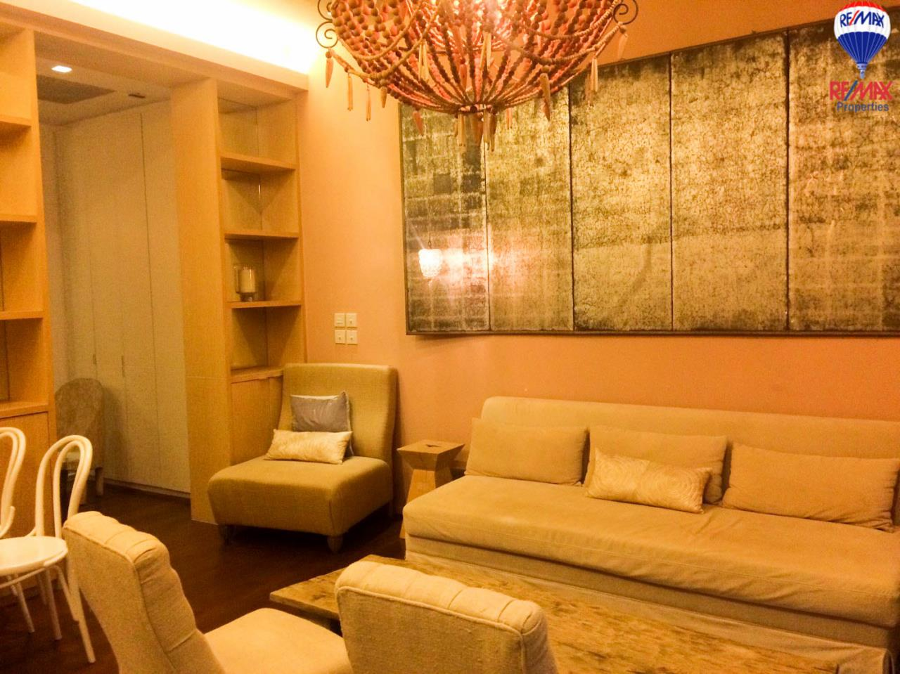 RE/MAX Properties Agency's 2 Bedrooms 86 Sq.M. for rent in Quattro by Sansiri 5