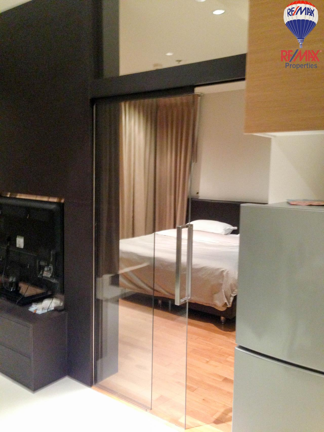 RE/MAX Properties Agency's The Emporio Place For Sales 1 bed 47 Sqm 2