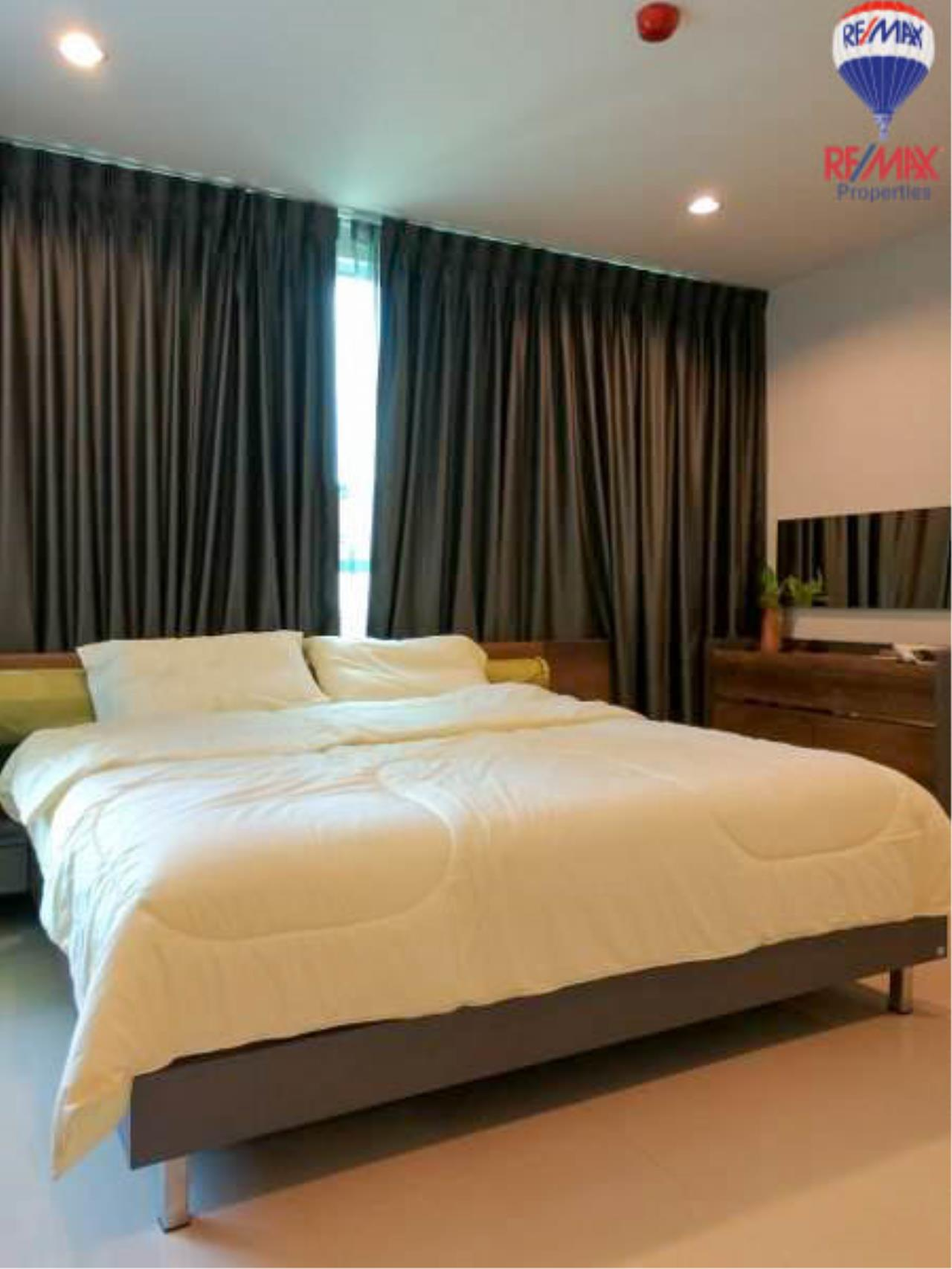 RE/MAX Properties Agency's 1 Bedroom 60 Sq.M. for sale in Sukhumvit Living Town 2