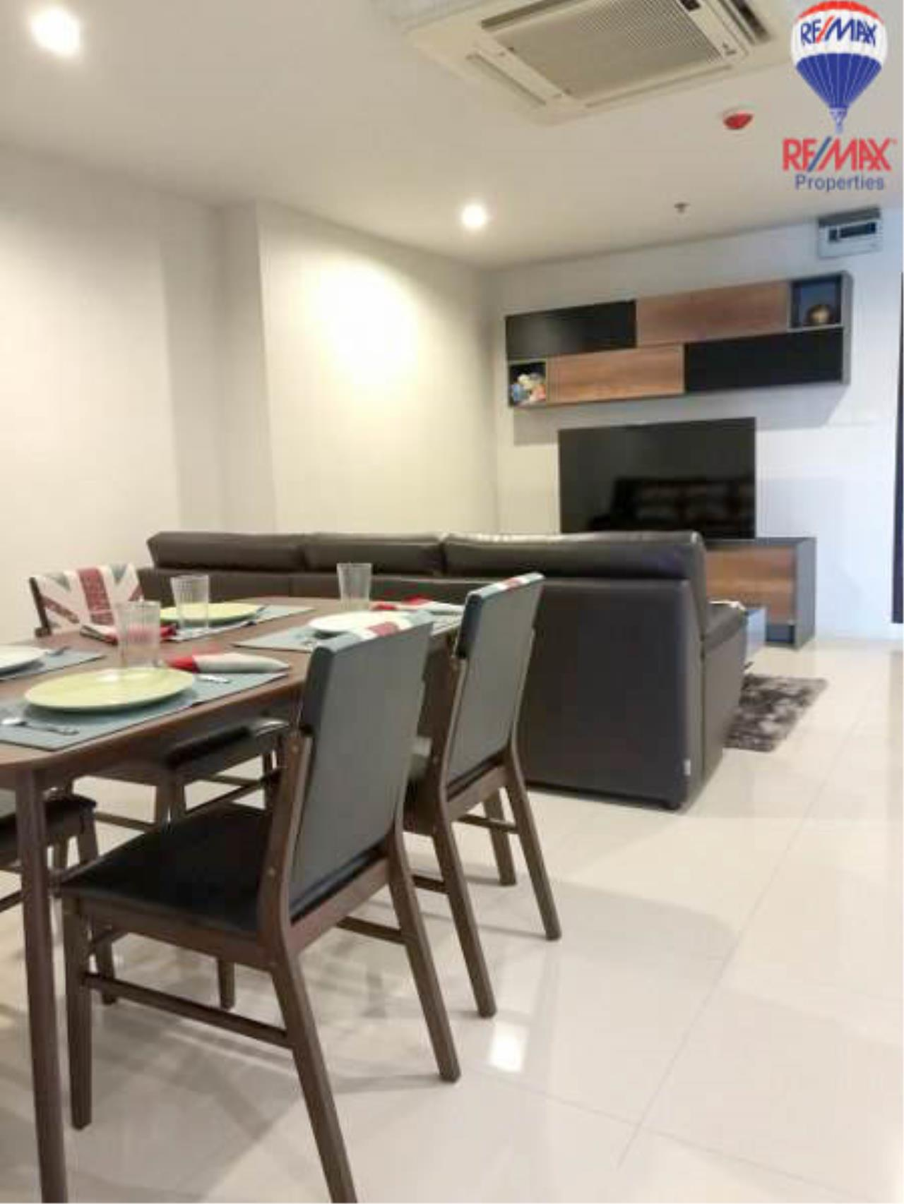 RE/MAX Properties Agency's 1 Bedroom 60 Sq.M. for sale in Sukhumvit Living Town 3