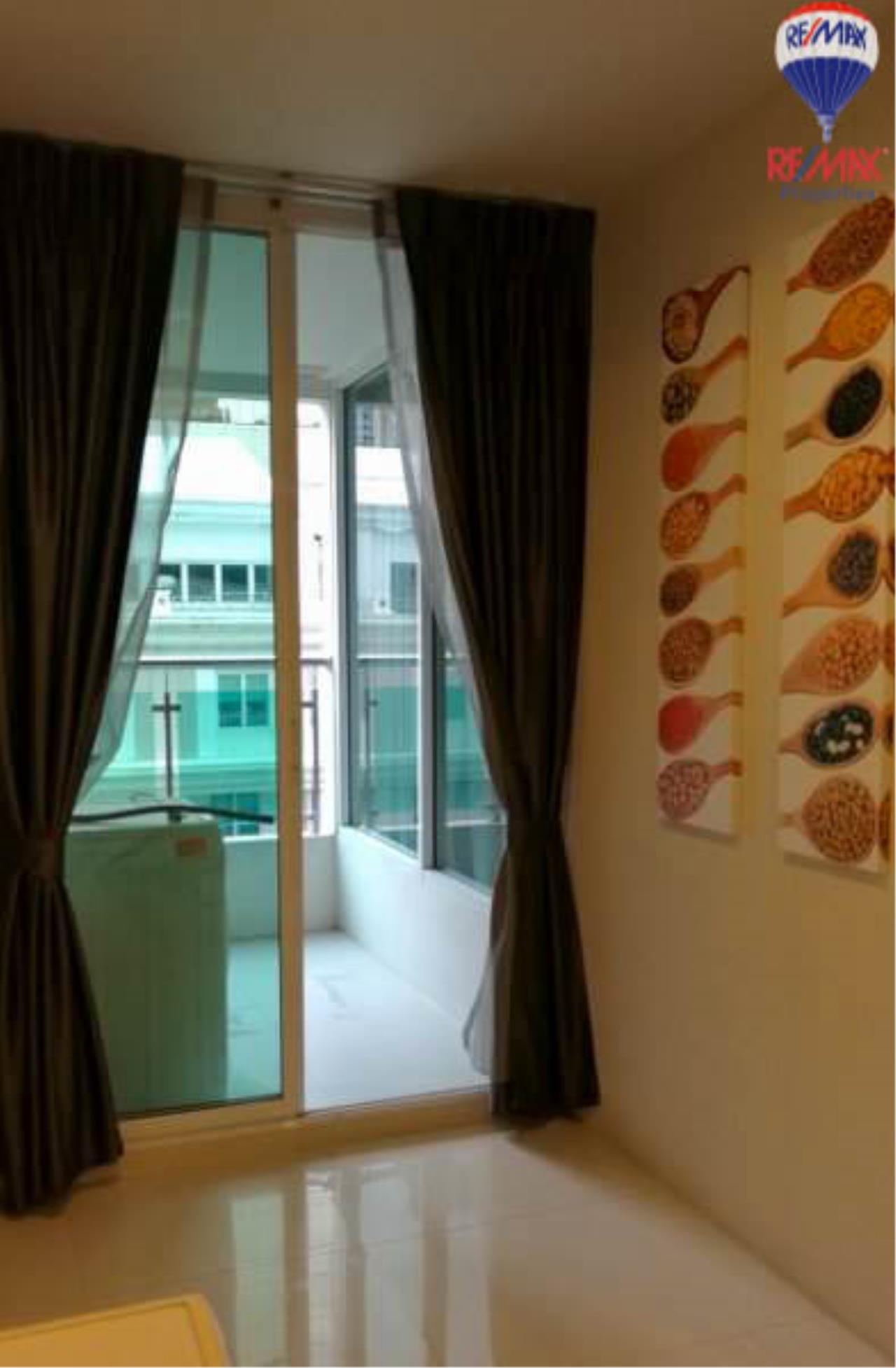 RE/MAX Properties Agency's 1 Bedroom 60 Sq.M. for sale in Sukhumvit Living Town 7