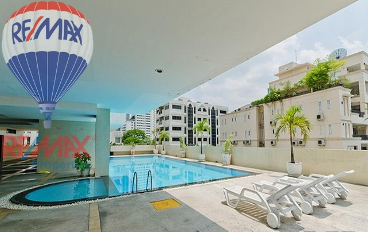 RE/MAX Properties Agency's RENT 3 Bedroom 120 Sq.m at Baan Prompong 15