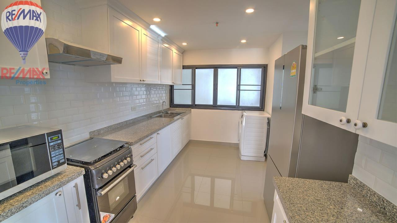 RE/MAX Properties Agency's RENT 3 Bedroom 120 Sq.m at Baan Prompong 6