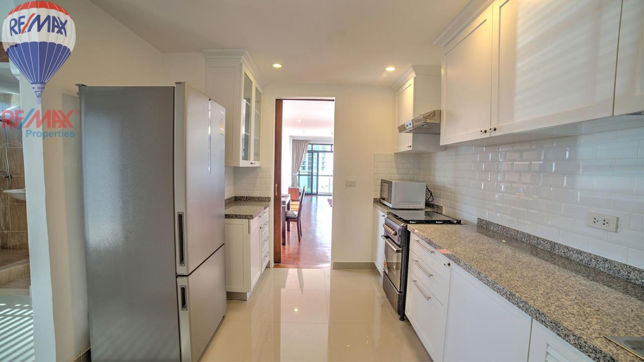 RE/MAX Properties Agency's RENT 3 Bedroom 120 Sq.m at Baan Prompong 7