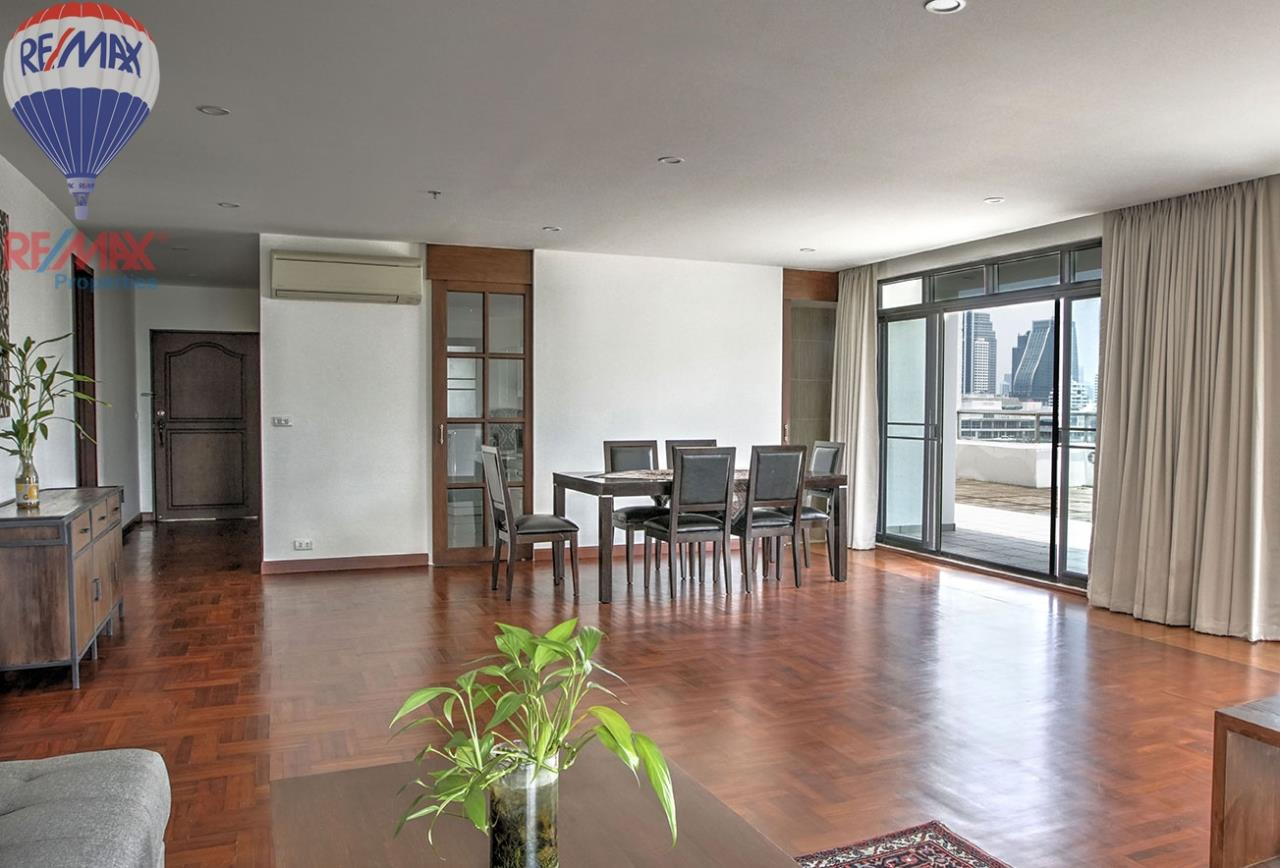 RE/MAX Properties Agency's RENT 3 Bedroom 120 Sq.m at Baan Prompong 1