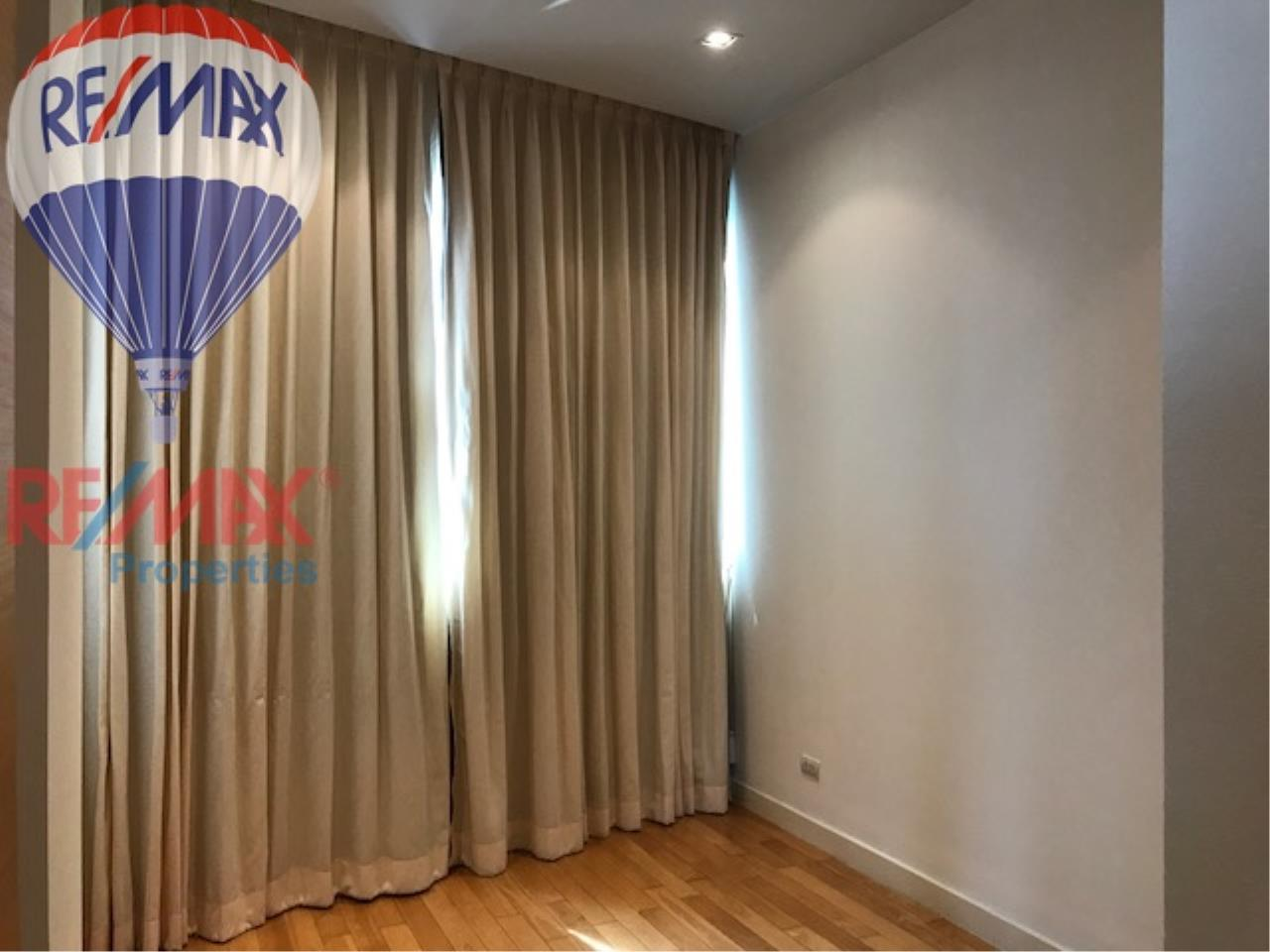 RE/MAX Properties Agency's RENT 3 Bedroom 146 Sq.m at Millennium Residence 10