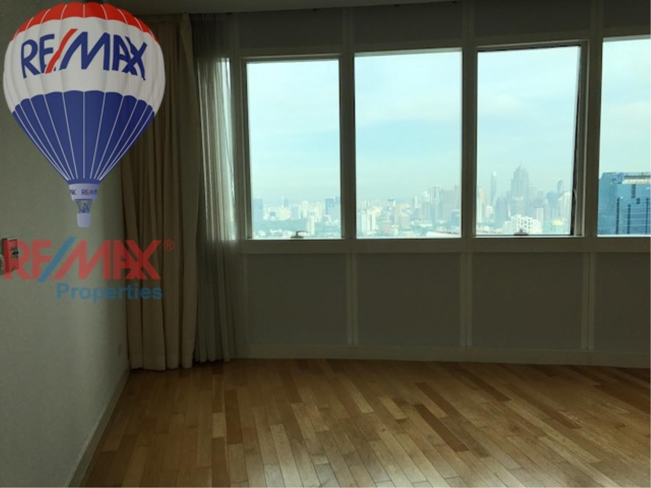 RE/MAX Properties Agency's RENT 3 Bedroom 146 Sq.m at Millennium Residence 13