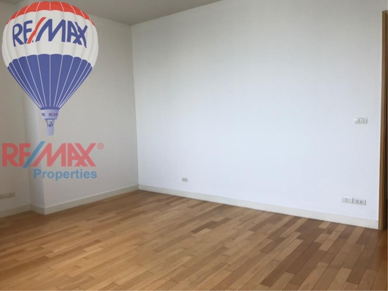 RE/MAX Properties Agency's RENT 3 Bedroom 146 Sq.m at Millennium Residence 15