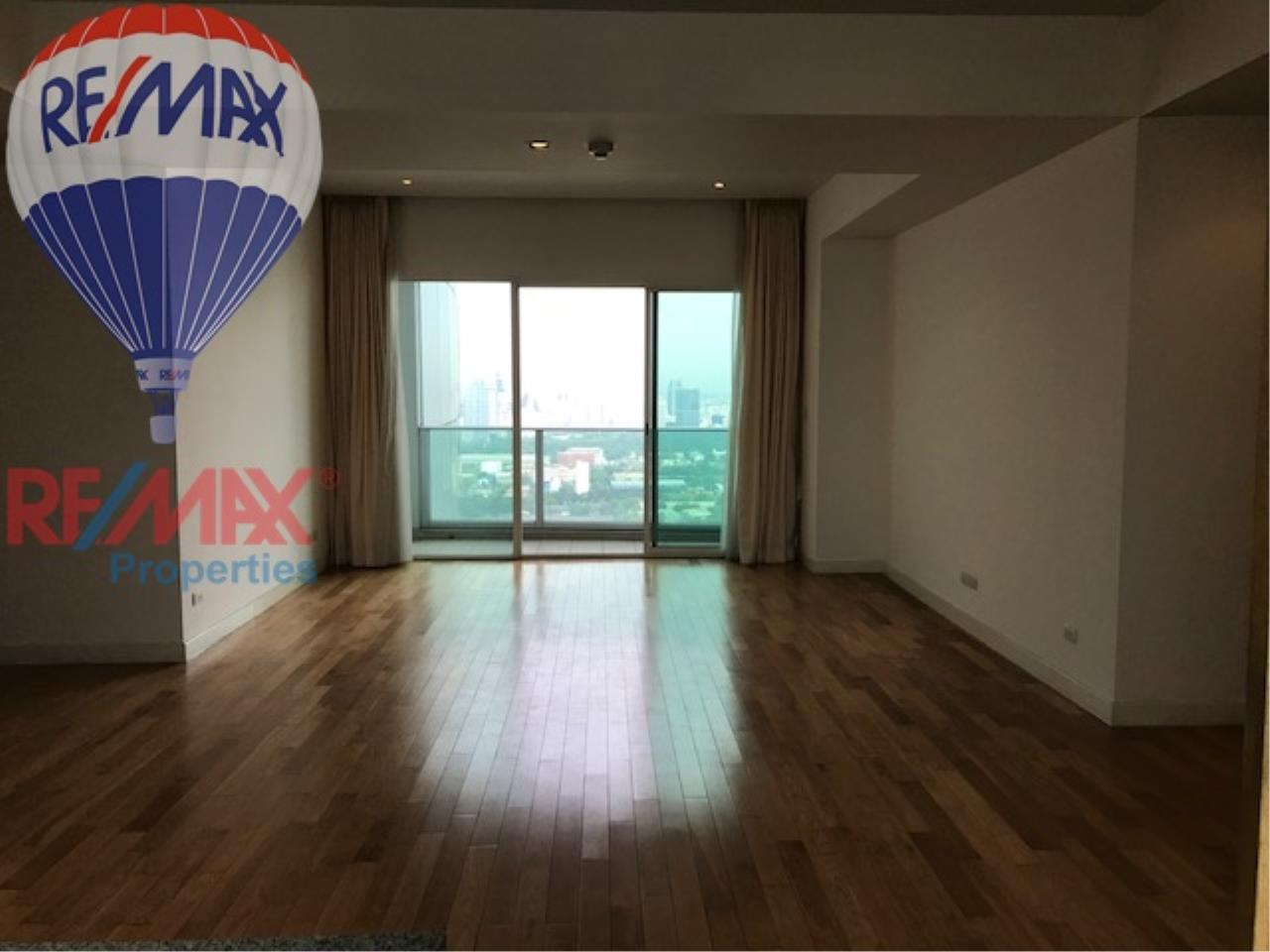 RE/MAX Properties Agency's RENT 3 Bedroom 146 Sq.m at Millennium Residence 3