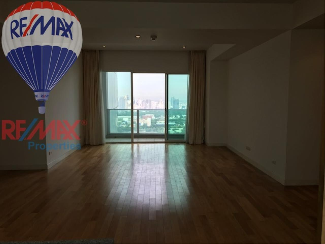 RE/MAX Properties Agency's RENT 3 Bedroom 146 Sq.m at Millennium Residence 4