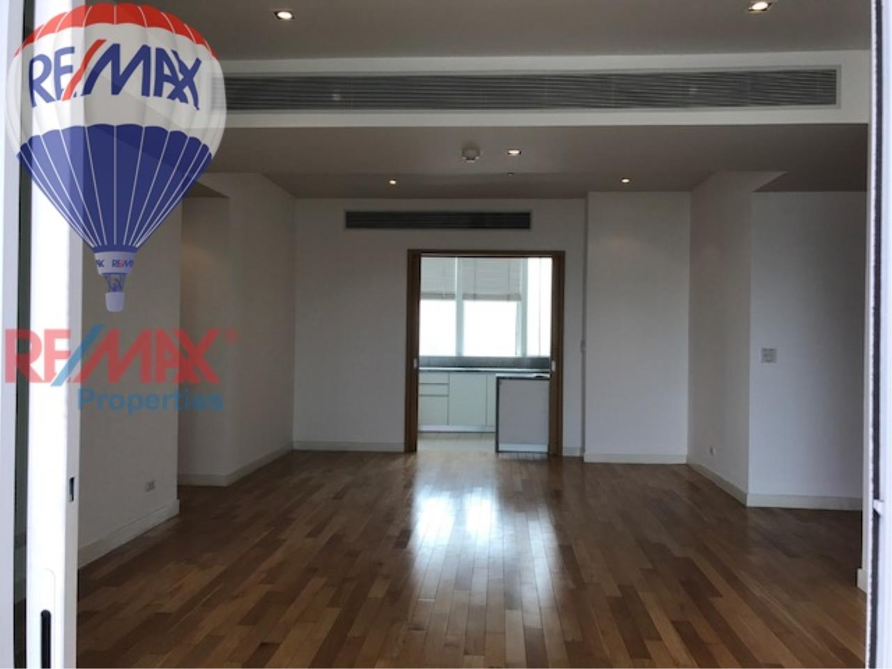 RE/MAX Properties Agency's RENT 3 Bedroom 146 Sq.m at Millennium Residence 8