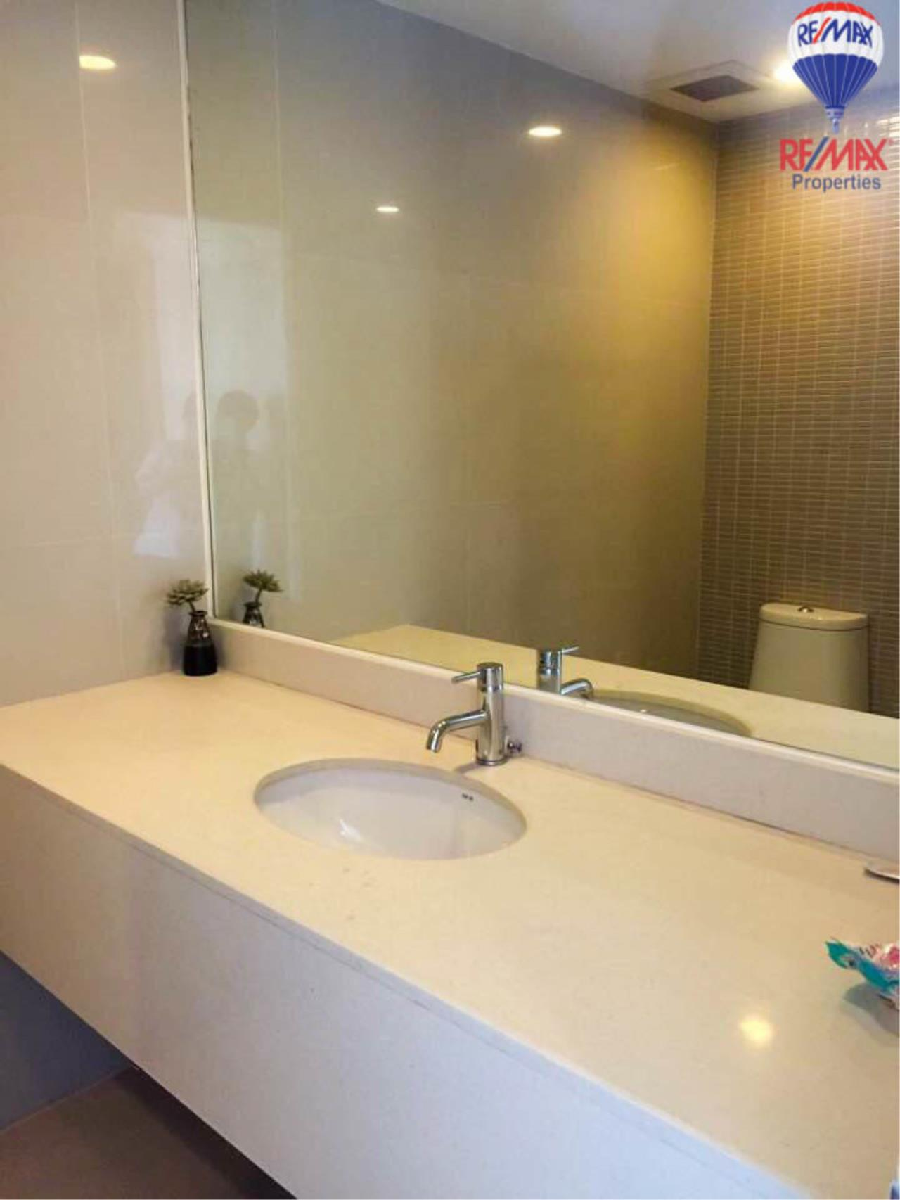 RE/MAX Properties Agency's 2 Bedrooms Duplex style for rent at The Trendy condo 15