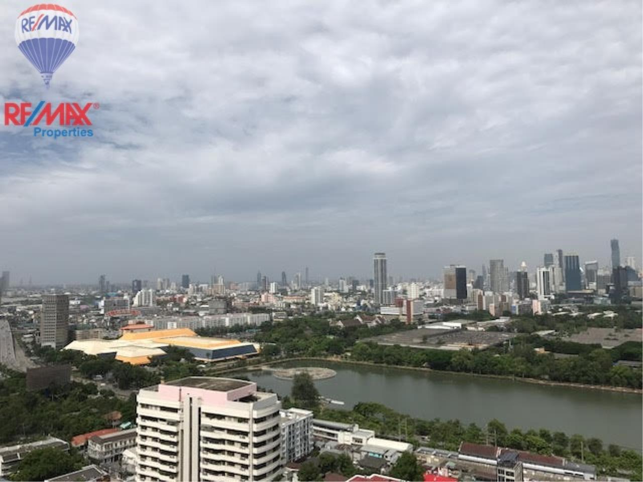RE/MAX Properties Agency's Condo for Sale , Khlong Toei, Bangkok  5
