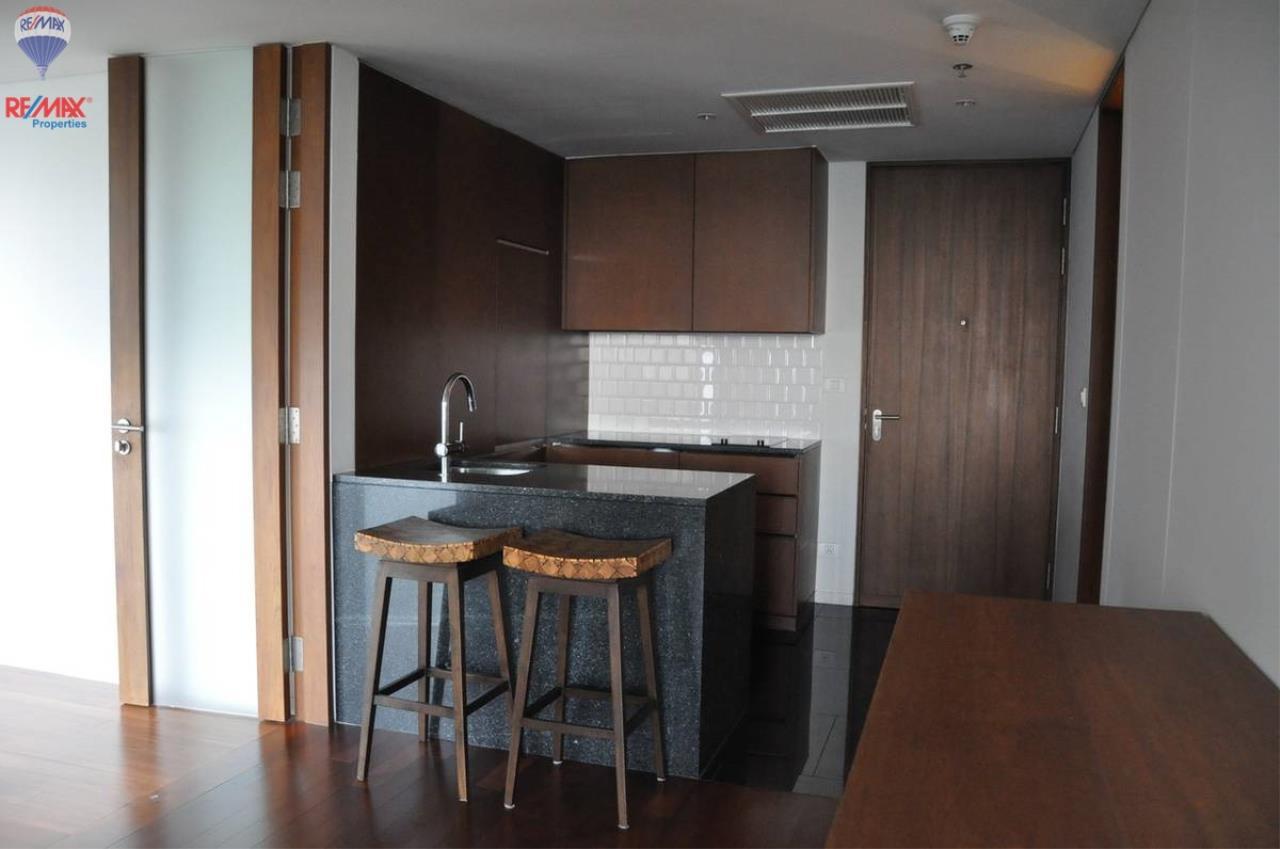 RE/MAX Properties Agency's For RENT !! 1 bedrooms 71 sqm @ Hansar Rajdamri 3
