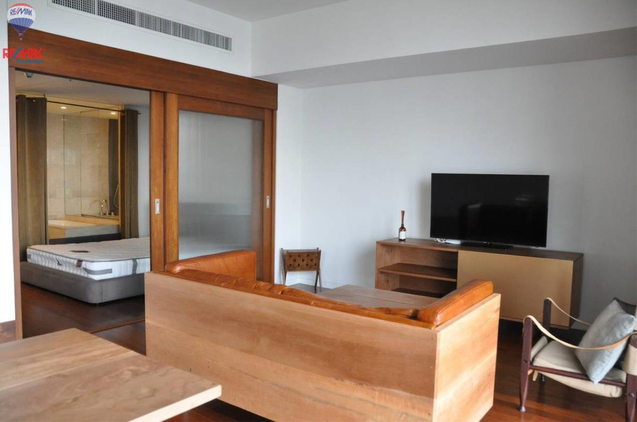 RE/MAX Properties Agency's For RENT !! 1 bedrooms 71 sqm @ Hansar Rajdamri 7